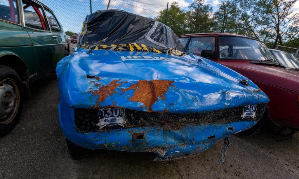 Folkrace - En välanvänd folkracebil - Ludwig Sörmlind