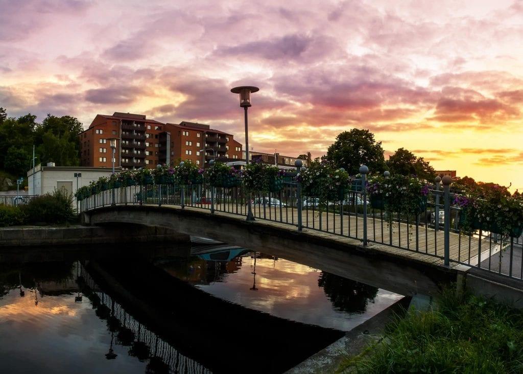 Gångbro över Mieån i Karlshamn - Ludwig Sörmlind