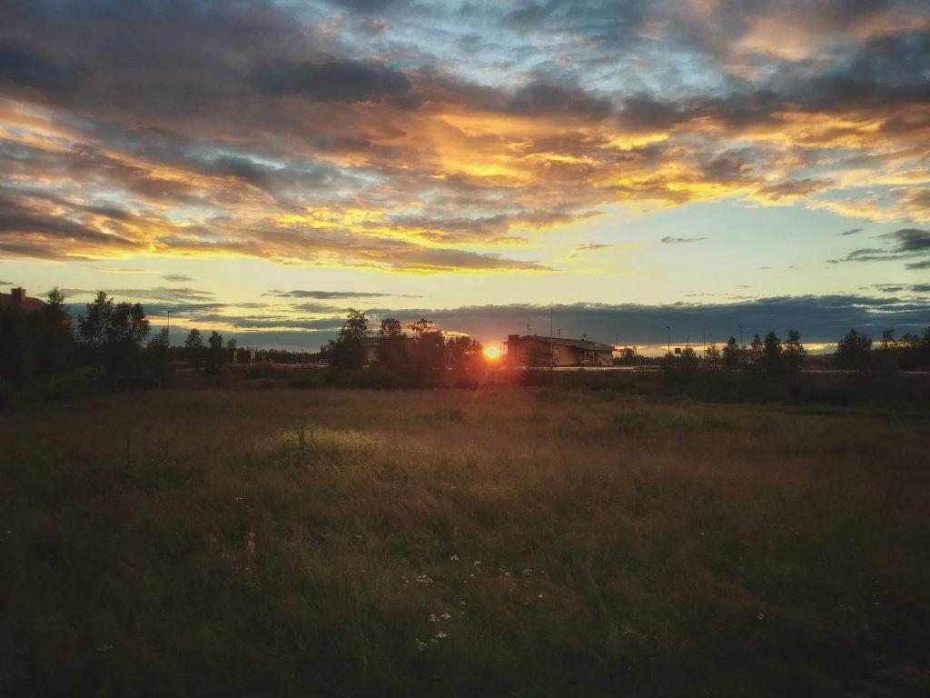 Solen går ner bakom den finska gränsen - Ludwig Sörmlind