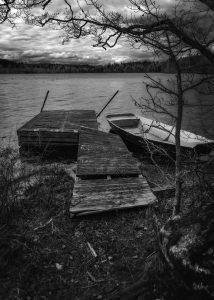 Båt vid en brygga i Alljungen - Ludwig Sörmlind